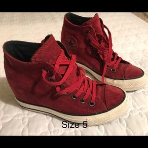 Converse Suede Wedge Sneakers: size 5